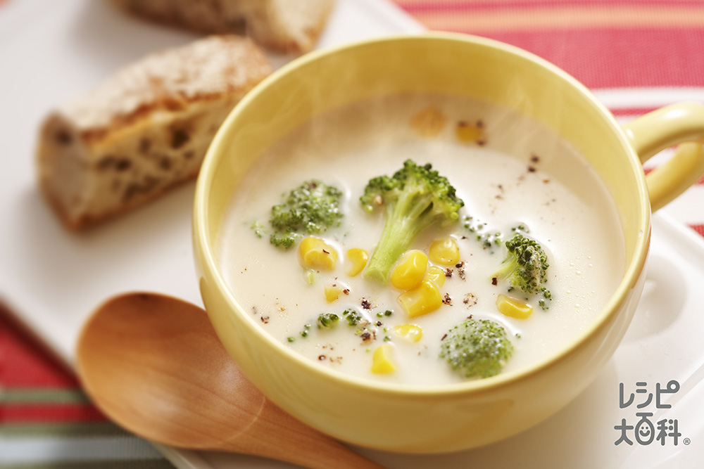 ロッコリーとコーンのミルクスープ
